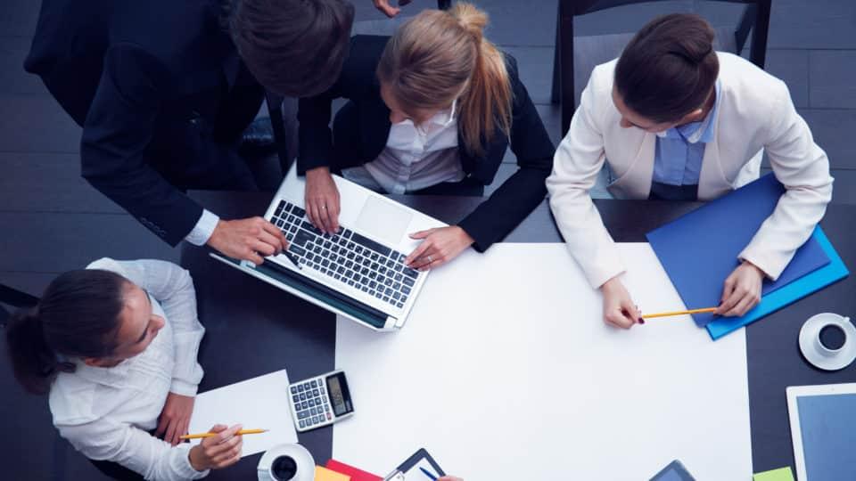 Les 3 outils pour ameliorer la productivite de vos reunions de management